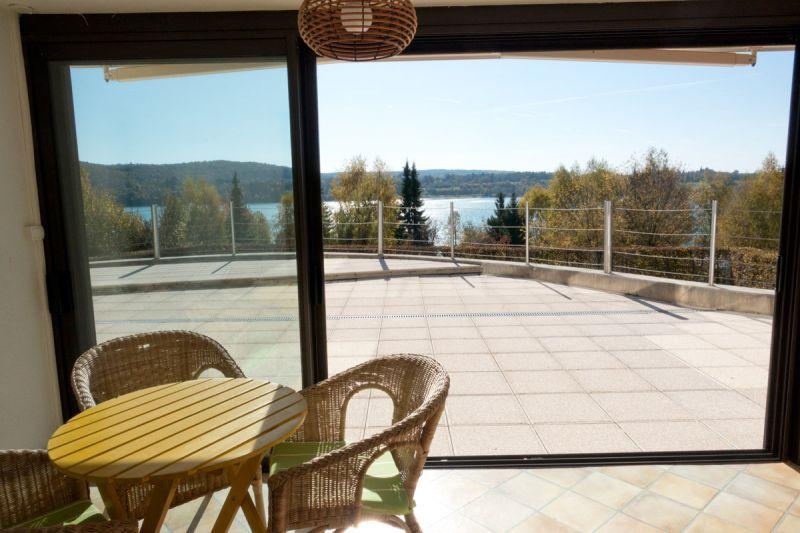patio lac chalain location maison